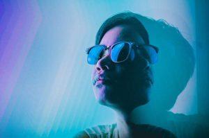 Kính ngăn ánh sáng xanh có thực sự giúp ích cho mắt?